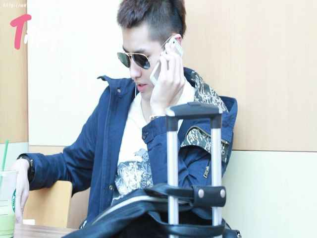 In HongKong Hung Hom Station 饭拍版 13/02/22-吴亦凡