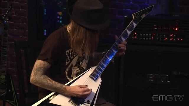 Pussyfoot Miss Suicide (EMG Tv) 现场版-Children Of Bodom