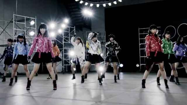 ギラギラRevolution(Dance ver.)-SUPER☆GiRLS