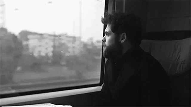 Travelling Alone-Passenger