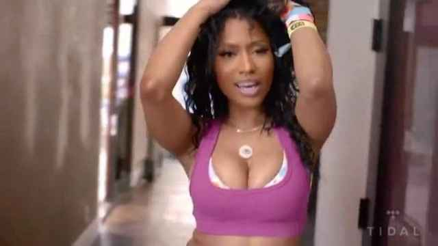 Feeling Myself -- Nicki Minaj & Beyonce